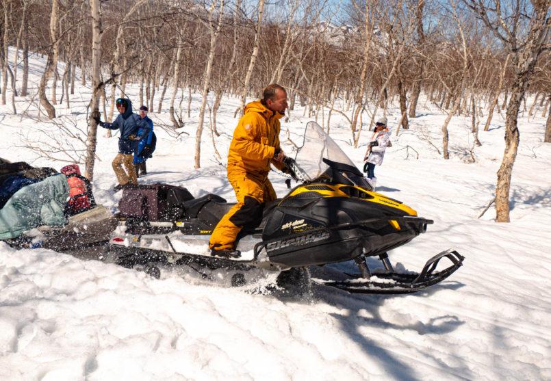 Снегоходная экскурсия к мысу Маячный